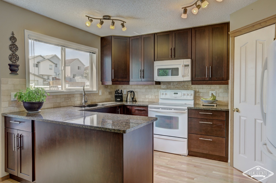 Real Estate Photos 4U Calgary HDR Photography yyc top best realtors agents southern Alberta Canada-4
